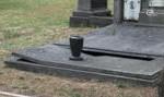 Vandalisme-kerkhof-hoboken